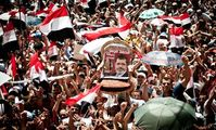 Tahrir waiting for The President