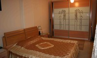 Apartment: Three bedrooms apartment in the centre of the city (AP4445)