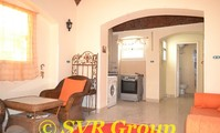 Apartment: A one bedroomed fully furnished apartment. (AP4800)